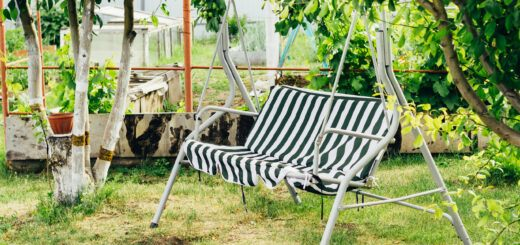 Swing chair perfect for relaxing